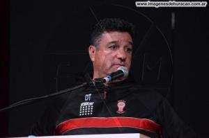 Nestor Apuzzo Huracán en la Feria del Libro 2017 (54)