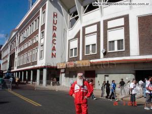 naci12 fecha26 01 Papá Noel Quemero Osvaldo castro