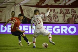 quilez-en-Huracan-vs-independiente-liga-profesional-2021
