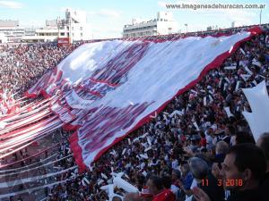 Telón Huracán vs. San Lorenzo - Fecha 19 - Superliga 2017-2018 (6)